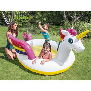 Unicorn shaped spray pool for younger kids.